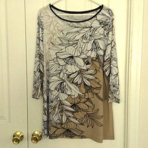 Beautiful Knit Neutral Colored Top